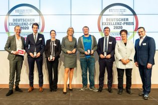 award-winner-deutscher-exzellenz-preis-messengerpeople-3